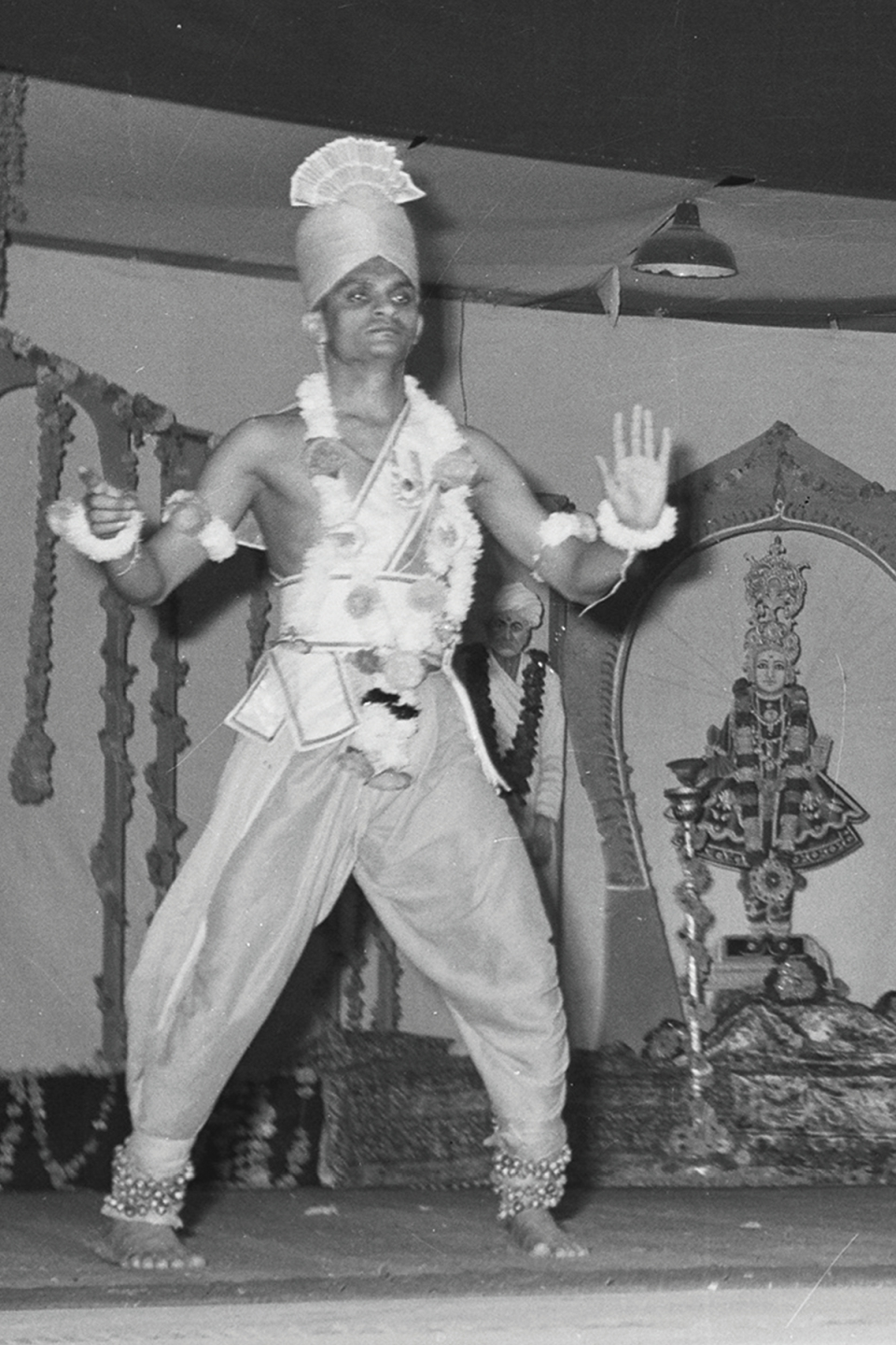 Acharya Swamishree Maharaj performed devotional dances; the most famous being 'Chho Prabhu Shree Ghanshyam Jaykaari' (Oh Lord Shree Ghanshyam, You are Immensely Glorious). In 1970, during Swamibapa's international tour, He performed this devotional dance at various places in the UK, including London's Trafalgar Square.