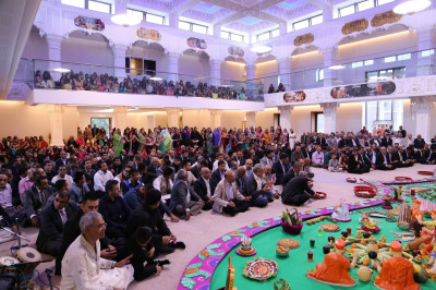 Hundreds of disciples fill the mandir to capacity on the first New Year's day celebration at Shree Swaminarayan Mandir Kingsbury