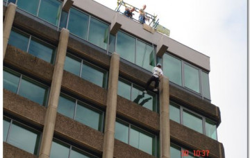 Abseil Event to Raise Funds for Marie Curie Cancer Care