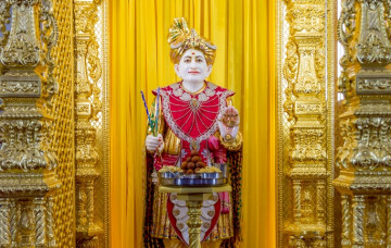 Sharad Poonam celebrations at Shree Swaminarayan Mandir London