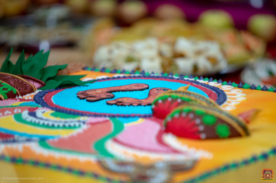 Close up of the Diwali cake
