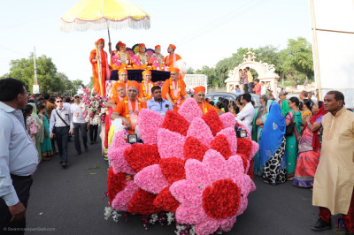 Sants seated on the colourful float