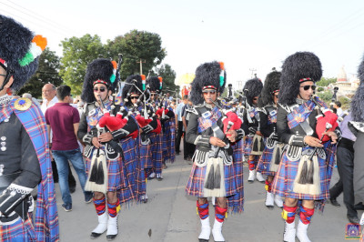 Shree Muktajeeavan Swamibapa Pipe Band India perform during the grand procession