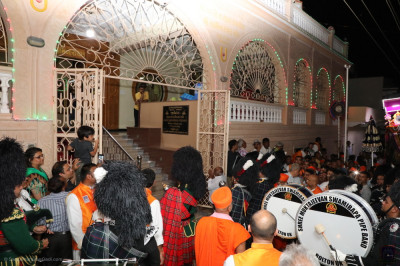 All five Shree Muktajeevan Swamibapa Pipe Bands perform outside Shree Swaminarayan Mandir Vrushpur