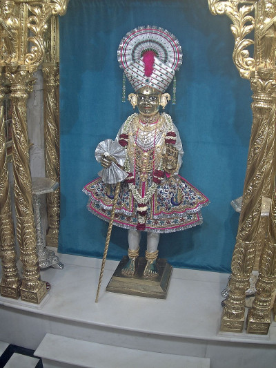 Divine Darshan of Shree Harikrushna Maharaj in Maninagar
